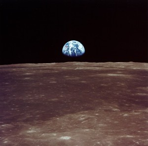 apollo11_earthrise